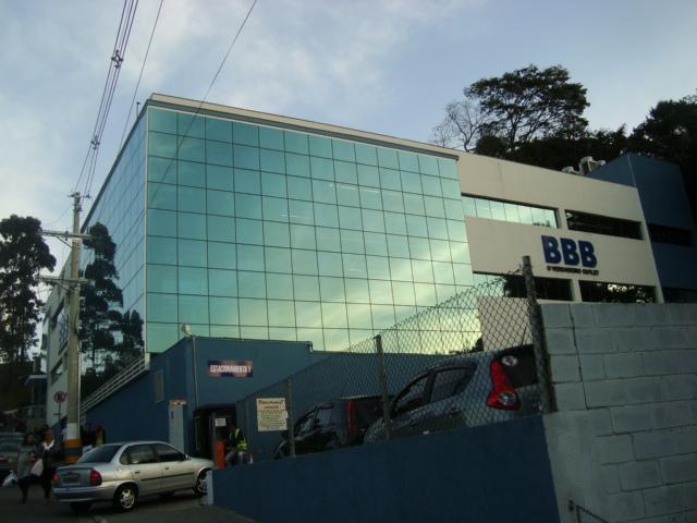 Conheça a BBB Outlet em Embu das Artes